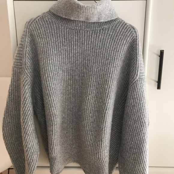 H M Sweaters - Oversized gray cozy turtleneck sweater fafaa85ec